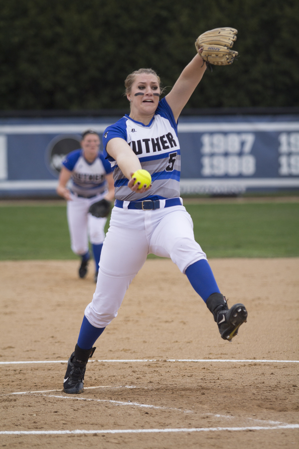 "Junior All-American Samantha Bratland<a href=""/reason/images/753654_orig.jpg"" title=""High res"">∝</a>"