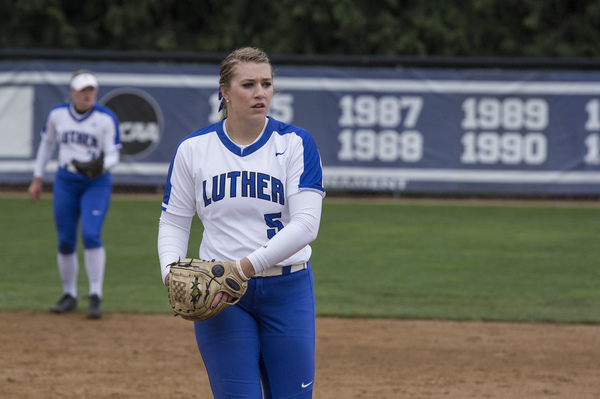 "Samantha Bratland Two-Time NFCA All-American<a href=""/reason/images/815667_orig.jpg"" title=""High res"">∝</a>"