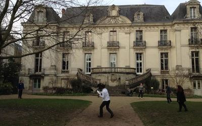 Some of us playing frisbee outside of our beautiful school, Institut de Touraine.