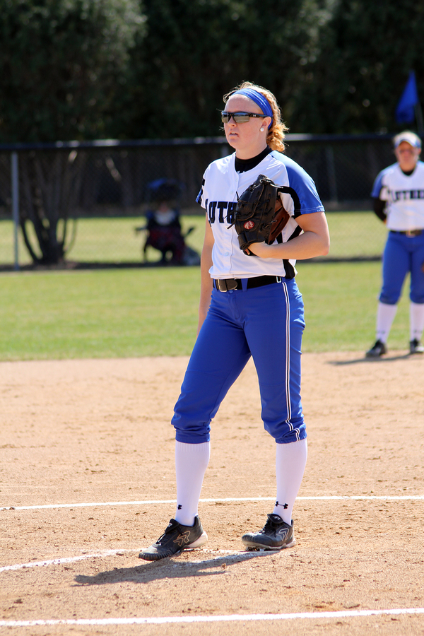 "2015 Iowa Conference Pitcher of the Year Amanda Witzlib<a href=""/reason/images/674719_orig.jpg"" title=""High res"">&prop;</a>"