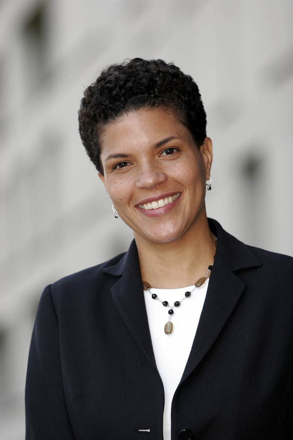 "Michelle Alexander<a href=""/reason/images/372741_orig.jpg"" title=""High res"">∝</a>"