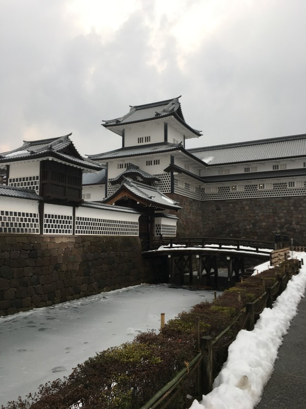 "One of the main buildings in the Kanazawa castle complex<a href=""/reason/images/798761_orig.jpg"" title=""High res"">∝</a>"