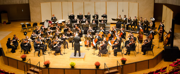 "Luther College Symphony Orchestra<a href=""/reason/images/836763_orig.jpg"" title=""High res"">∝</a>"