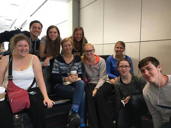 "A group photo before boarding the plane to Minneapolis!<a href=""/reason/images/742764_orig.jpg"" title=""High res"">∝</a>"