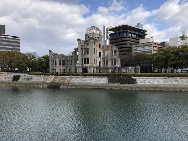 "Hiroshima Atomic Dome Memorial, one of the few remaining buildings near the epicenter of the explosion.<a href=""/reason/images/800775_orig.jpg"" title=""High res"">∝</a>"