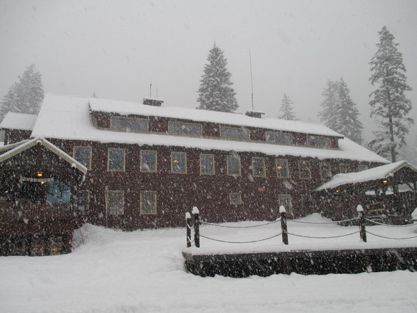 "Snowing near the Dining Hall/Hotel<a href=""/reason/images/528786_orig.jpg"" title=""High res"">&prop;</a>"