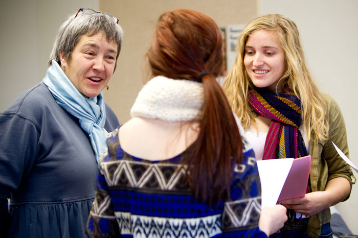 Luther English students talk with Athena Kildegaard