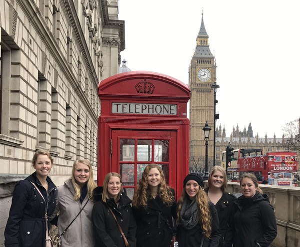 "Ashley, Jessica, Sara, Addy, Mikayla, Morgan, and Andrea in front of a British phone booth and Big Ben.<a href=""/reason/images/738826_orig.jpg"" title=""High res"">∝</a>"