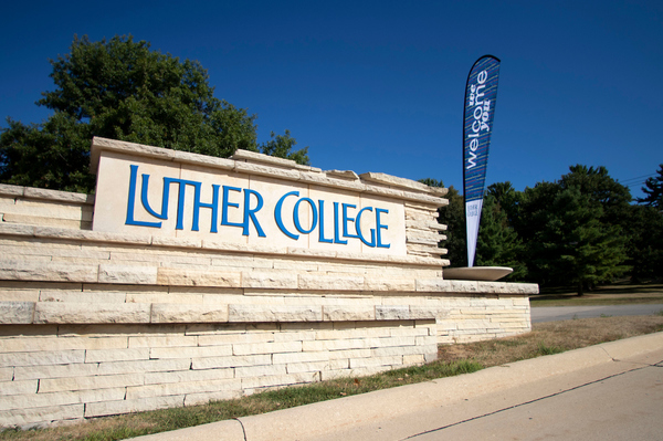 Luther College welcomes first-year students to campus