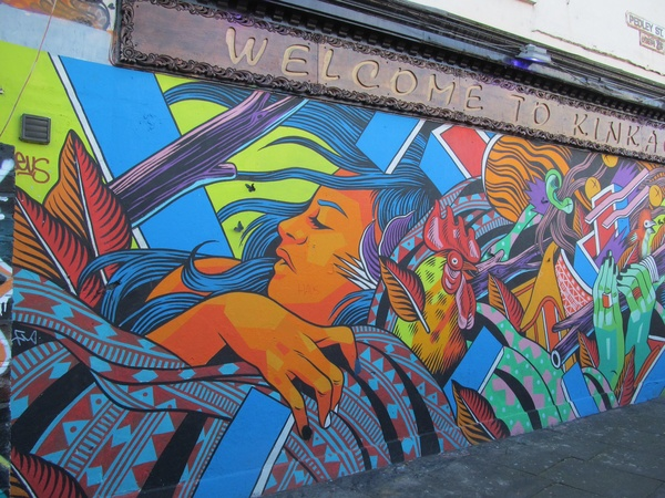 "Some intricate graffiti found on the streets of London.<a href=""/reason/images/602859_orig.jpg"" title=""High res"">∝</a>"