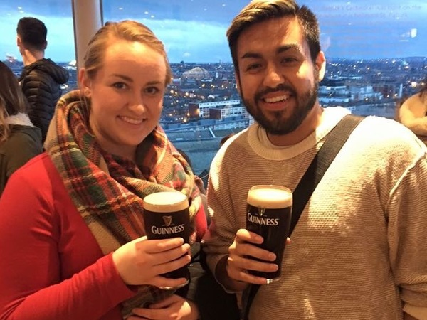 Caitlin and Jesus enjoy a pint on their Guiness tour.