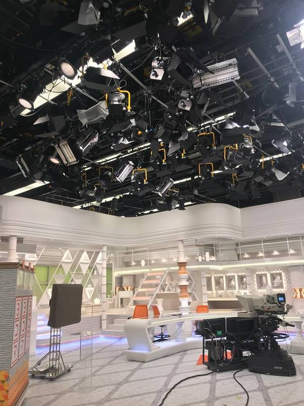 "The main news stage in the TBS broadcasting station<a href=""/reason/images/797884_orig.jpg"" title=""High res"">∝</a>"
