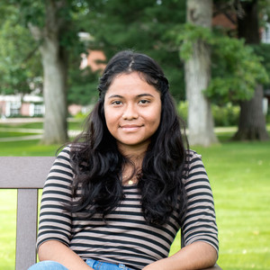 Josefina Bakhita Gonçalves Soares '18, economics and environmental studies double major.