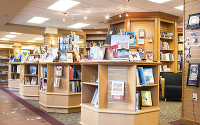 What to Expect from a Campus Bookstore