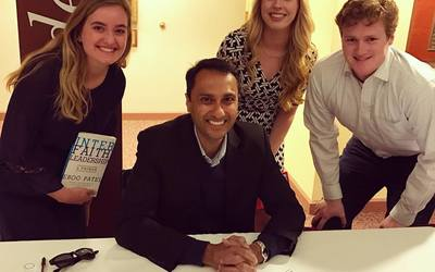 Eboo Patel with Luther students at the Iowa Interfaith Exchange at Drake University.