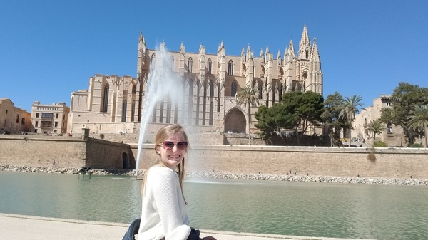 "Spain<a href=""/reason/images/810940_orig.jpg"" title=""High res"">∝</a>"