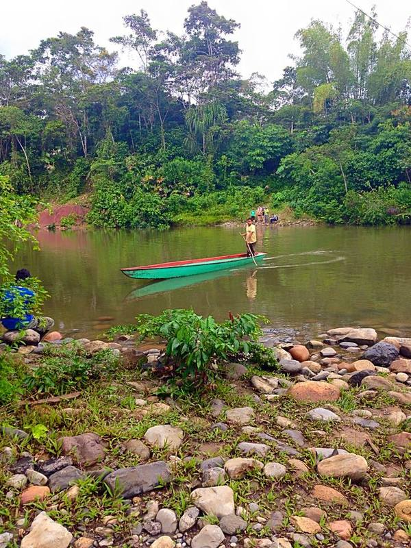 "Canoeing across the Amazon!<a href=""/reason/images/603972_orig.jpg"" title=""High res"">∝</a>"