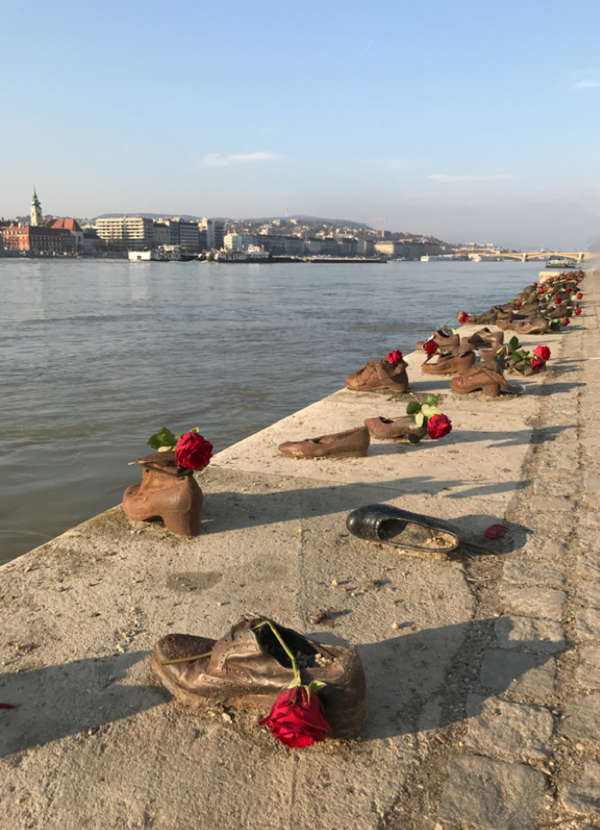 "Shoes on the Danube<a href=""/reason/images/797984_orig.jpg"" title=""High res"">∝</a>"